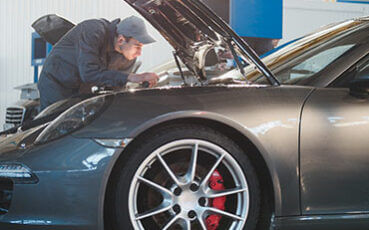 Luxury-auto-body-repair